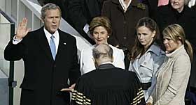 BESKYTET: Fire batterier ble hastebestilt fra Kongsberg til Washington DC for � beskytte presidenten under innsetningen 20. januar 2005.