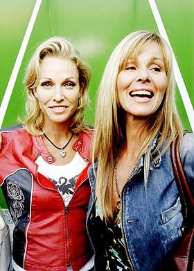 PR-fjes:  Lansering av kvinnebladet Red sammen med Dorthe Skappel i fjor h�st.