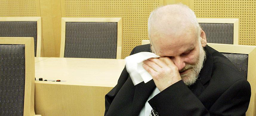 FRIKJENT: Fritz Moen i retten i 2004 etter å ha blitt frikjent for drapet på Sigrid Heggheim.