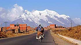 BLE SENDT HIT F�RST: Gruvebyen Potos� var f�rste ankomststed for slavene som kom til Bolivia fra Afrika. Det var vanskelig for dem � leve og jobbe p� 4000 meters h�yde over havet.