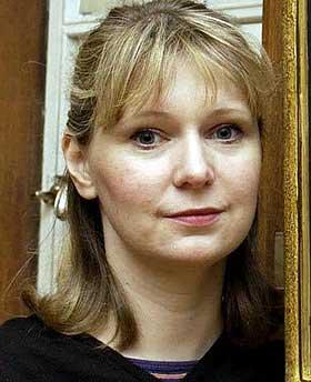 UTLEVERES: Stella Vine var gift med kunstneren Charles Thomson.