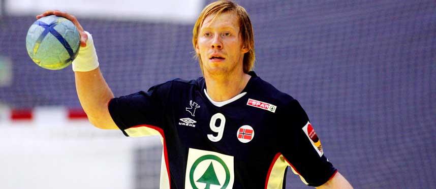 HAR BLOMSTRET: Børge Lund har vært veldig god i Bundesliga, og nå er han en av de viktigste spillerne på landslaget.