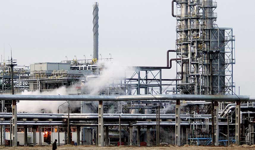 FLERE AGENDAER: Mange av forskerne p� lista FrP sl�r i bordet med for � s� tvil om global oppvarming har f�tt penger fra ExxonMobil.