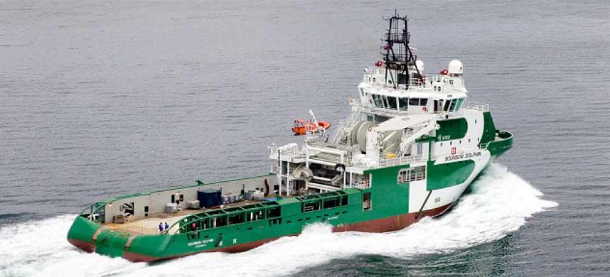 KANTRET: Bourbon Dolphin kantret under rutineoppdrag. B�ten ble bygget i fjor.