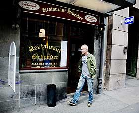 SCHRØDERS: Harrys faste vannhull i Waldemar Thranes gate.