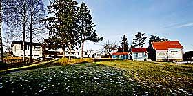 ROMMER OGSÅ PERLER: Bildet fra i år er fra bydelen Grorud. 400 meter unna Norges største boligblokk ligger Ammerudskogen, med storslagen utsikt og Lillomarka vegg i vegg.