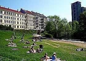 LANGS AKERSELVA I 2000: Foto fra