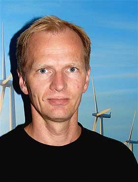 EKSPERT: Forsker John O. Tande har studert vindkraft i snart 20 år. Han tror framtida ligger offshore.