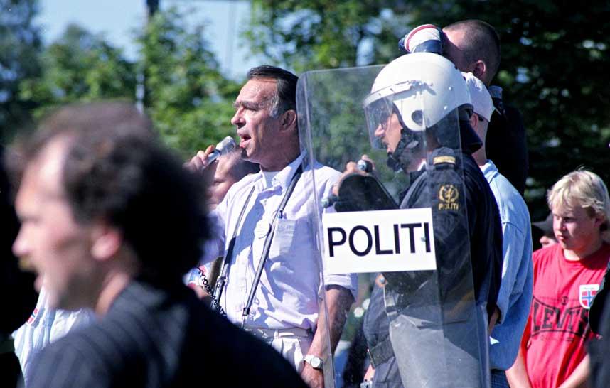 KJENT POSITUR: Arne Myrdal var i en lang periode p� 1980- og 1990-tallet frontfigur for ekstremistiske innvandringsmotstandere i Norge.