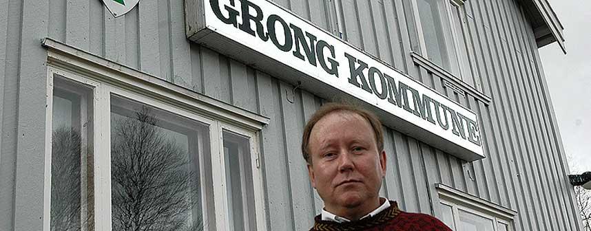 TRUET P� LIVET: Ordf�rer Erik Seem i Grong ble truet med revolver av en 58 �r gammel mann etter kommunestyrem�te i kveld.