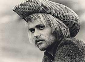 STJERNEBLIKK: –Jeg har aldri v�rt filmstjerne. Etter mitt syn, da. Jeg trodde det var lettjente penger for � f� meg en b�t, sier Fred.
