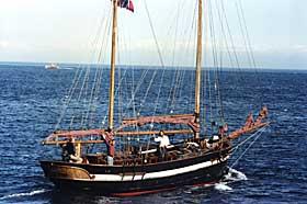 DR�MMEN: Fred har alltid dr�mt om egen seilb�t. Han kj�pte �Eye Seraeya� og seilte over Atlanteren.