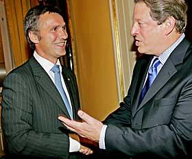 BEGEISTRET: - Al Gore er en veldig sterk og flott politiker - og menneske, sier statsminister Jens Stoltenberg, som har m�tt den tidligere visepresidenten flere ganger.