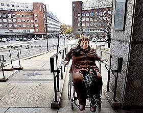 I FULL FART: Guro Fjellanger p� full fart opp rampa i Oslo r�dhus.