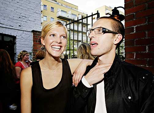 PENT PAR: Skuespiller Anders Danielsen Lie ble k�ret til Norges kjekkeste mann av Elle i fjor. Han er sammen med den nest peneste jenta, modell Iselin Steiro.