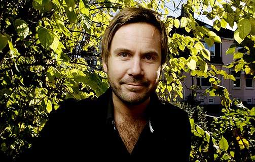 C: Kristian Ødegård sammen med blant annet Jan Thomas og Henrik Elvestad.
