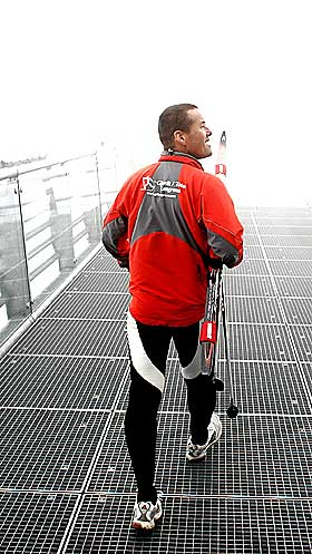 TILBAKE P� GAMLE TRAKTER: L�kken p� treningsleir med unge skil�pere, i Ramsau am Dachstein i �sterrike.