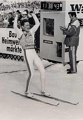 VERDENSMESTER I 1987: L�kken gikk seg opp fra 19. plass i hopprennet.