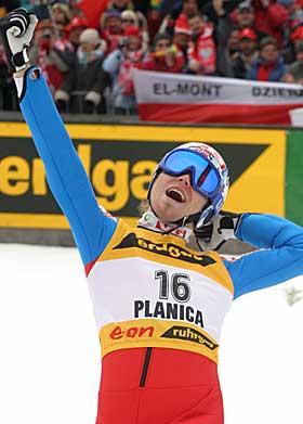 VERDENSREKORDEN: - Hele helga var som et eventyr, sier Scheie om Bj�rn Einar Rom�rens rekordhopp p� 239 meter i 2005.