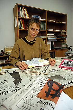 INGEN SKATE-MOTSTANDER: Kjersti Graver jobbet i Forbrukerr�det da skateboard-forbudet ble vedtatt. Hun forteller i filmen om at m�lt med forbudet var � begrense skadene.