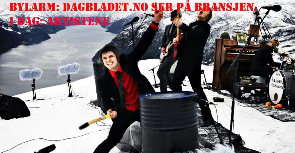 Kaizers Orchestra spilte for norsk og internasjonal presse p� Prekestolen i 2005.