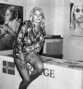 Margrete Robsahm promoterer «Line» på sekstitallet.