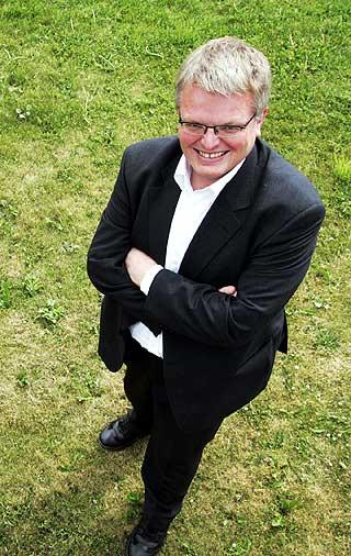 POSITIV: Hvis dere er heldige kan dere få fram helt nye stemmer på denne måten, sier Eirik Newth.