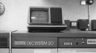 DECSYSTEM-20: Netthistoriens første spam var reklame for dette datasystemet fra Digital. Foto: COLUMBIA.EDU