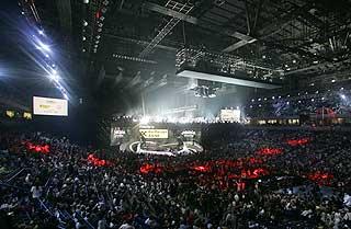 STAPPFULLT: Slik ser det ut i salen under Eurovision-finalen i Beograd i dag.