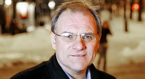 SKRIVER BOK: Olav Gunnar Ballo.