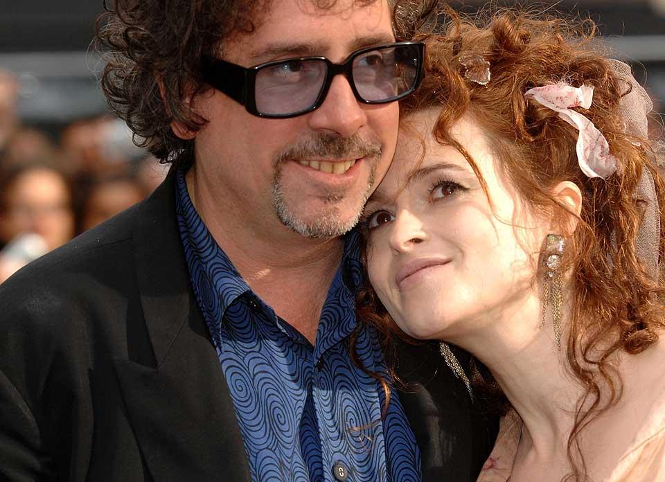 SØRGER: Helena Bonham Carter og hennes ektemann Tim Burton.